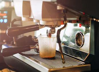 6 Factors to Consider While Choosing a Coffee Maker